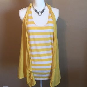 Bongo size large top yellow and white